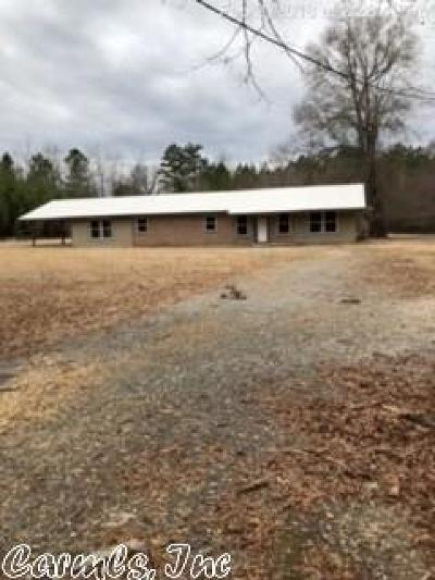 Pine Bluff Single Family Home For Sale: 10126 Brown Cemetary Road