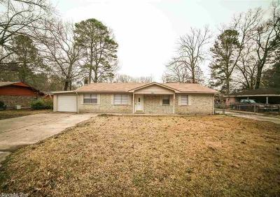 Pine Bluff Single Family Home For Sale: 2305 Crestwood Drive