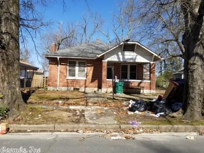 Pine Bluff Single Family Home For Sale: 605 W 13th Avenue