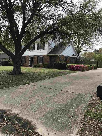 Pine Bluff Single Family Home For Sale: 15 Stratford Lane