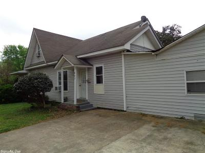 Clark County Single Family Home For Sale: 803 Hickory Street