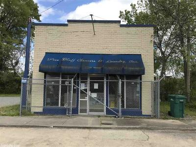 Commercial New Listing: 1009 S Poplar