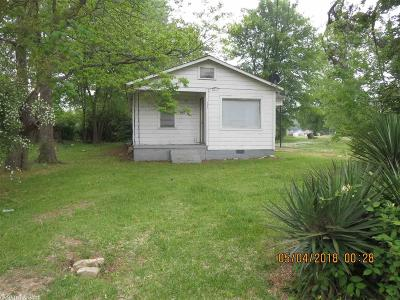 Bradley County Single Family Home Take Backups: 906 N Myrtle