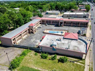 Garland County Commercial For Sale: 1525 Central Avenue
