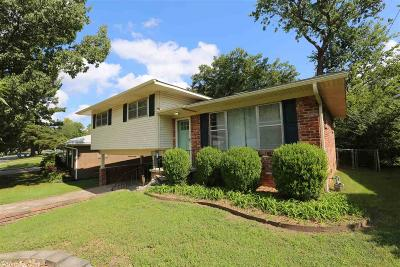 Little Rock Single Family Home For Sale: 6905 Bluebird Drive