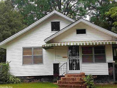 Pine Bluff Single Family Home For Sale: 1703 W 12th Avenue