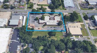 Little Rock Commercial Under Contract: 5705 W 65th