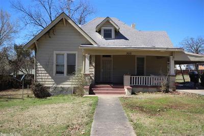 Single Family Home For Sale: 3010 S Izard Street
