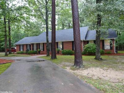 Pine Bluff Single Family Home For Sale: 6908 Deer Run West
