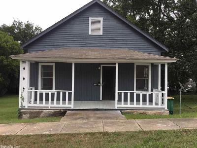 Single Family Home For Sale: 2419 S Spring Street