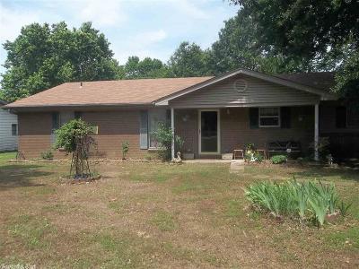 Jacksonville Single Family Home For Sale: 604 Oakley Lane