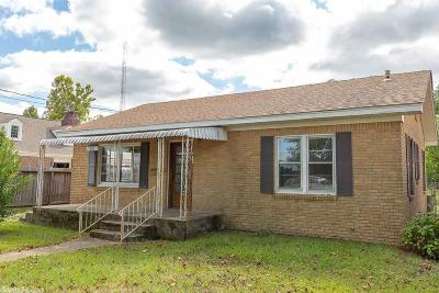 Polk County Single Family Home For Sale: 207 Mena