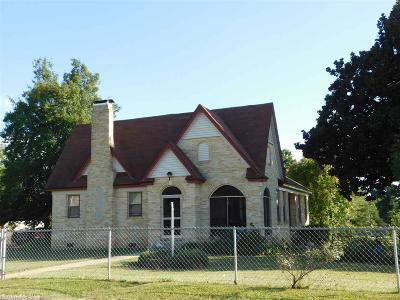 Polk County Single Family Home For Sale: 1408 Hickory