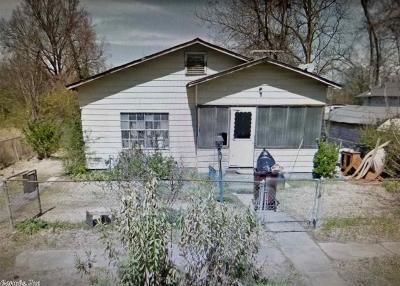 Pine Bluff Single Family Home For Sale: 2405 W 12th
