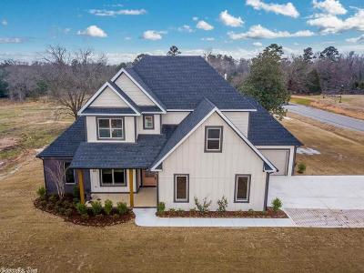 Bryant, Alexander Single Family Home For Sale: 4057 Vineyard Way
