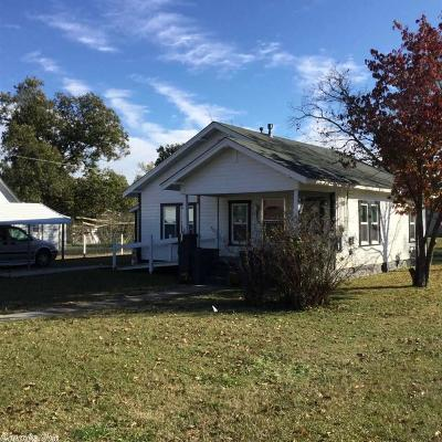 Polk County Single Family Home For Sale: 611 Hornbeck