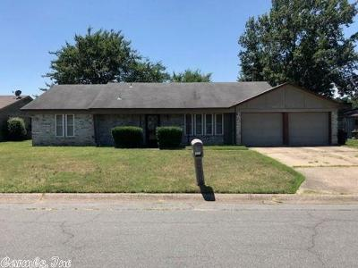 Little Rock Single Family Home New Listing: 6012 Timberside
