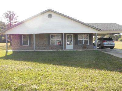 Warren AR Single Family Home For Sale: $120,000