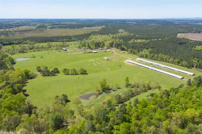 Howard County Farm & Ranch For Sale: 1126 Green Plains Road