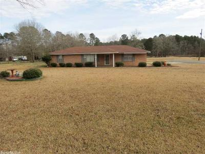 Pine Bluff Single Family Home For Sale: 7235 Highway 79 S