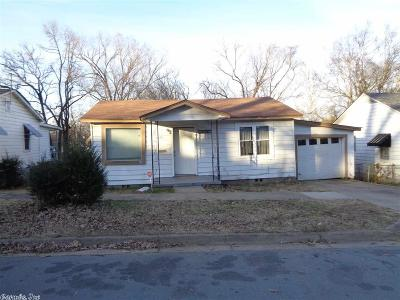 Little Rock AR Single Family Home New Listing: $28,000