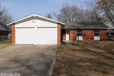 Pine Bluff Single Family Home Price Change: 1605 S Utah Street