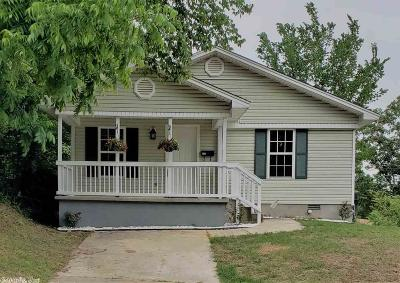Single Family Home Price Change: 515 S Maple