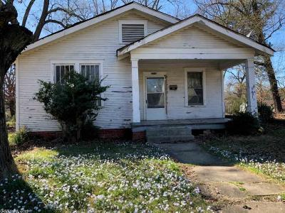 Little Rock Single Family Home New Listing: 2210 S Pine Street
