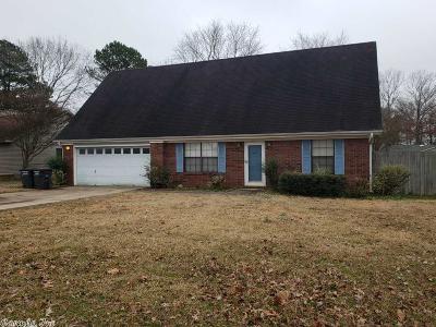 Jacksonville Single Family Home New Listing: 911 Latigo