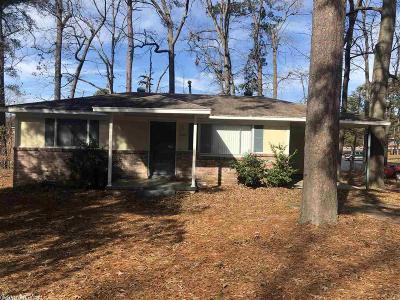 Single Family Home New Listing: 12 Linkay