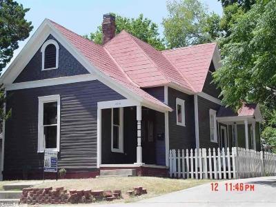 Single Family Home For Sale: 2216 S Scott