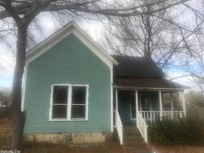 Beebe AR Single Family Home Under Con. Before Listed: $28,900