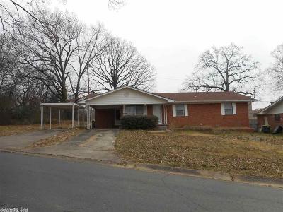 North Little Rock Single Family Home New Listing: 1424 Nannette Street
