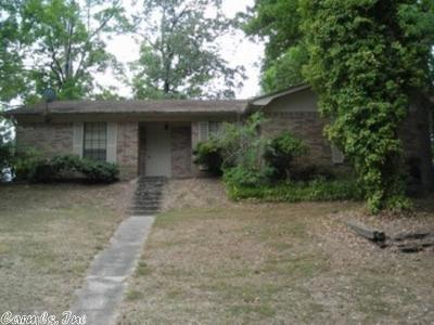 White Hall AR Single Family Home For Sale: $125,000