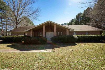 Pine Bluff Single Family Home For Sale: 4010 Smith Lane