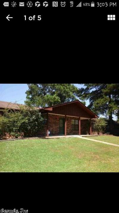 Monticello AR Single Family Home For Sale: $164,000