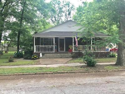 Corning Single Family Home For Sale: 704 SW 2nd