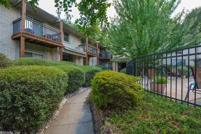 Condo/Townhouse Take Backups: 1 Coolwood Drive Unit 1
