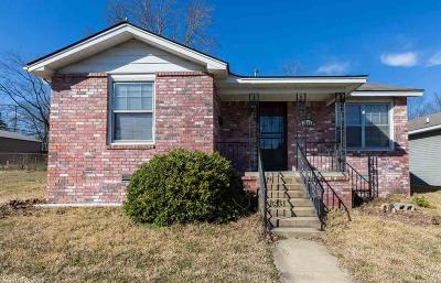 Single Family Home For Sale: 3604 W Capitol