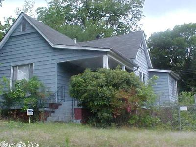 Single Family Home For Sale: 2814 Bishop Street