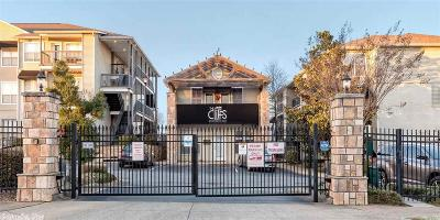 Little Rock Condo/Townhouse For Sale: 800 North Street #60