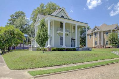 Miller County Single Family Home For Sale: 1005 Pecan St