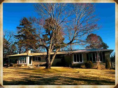 Quitman Single Family Home For Sale: 950 Diamond Bluff Rd B