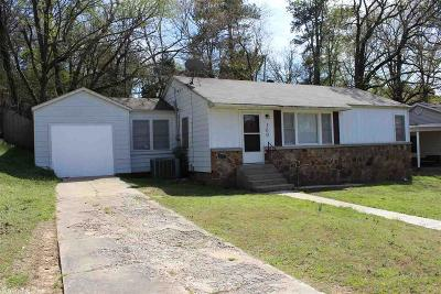 North Little Rock Single Family Home For Sale: 300 W 33rd Place