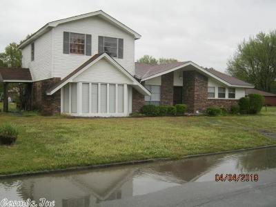 Pine Bluff Single Family Home For Sale: 615 E 33rd