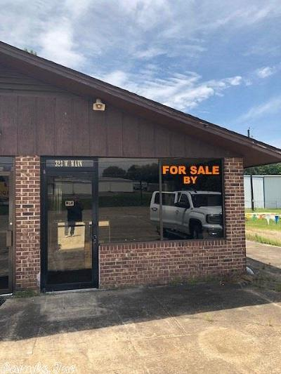 Hempstead County, Howard County, Sevier County, Miller County, Little River County, Pike County, Clark County, Nevada County Commercial For Sale: 323 W Main Street
