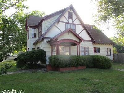 Prescott Single Family Home New Listing: 327 E Third Street