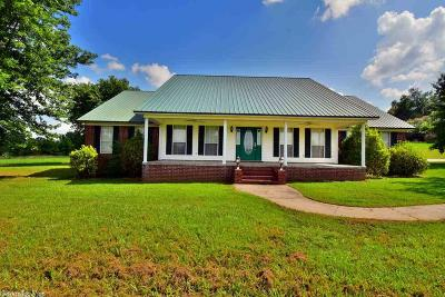 Single Family Home For Sale: 326 Castleberry Rd