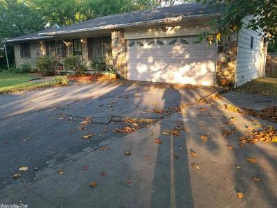 Single Family Home Under Con. Before Listed: 5905 Stagecoach Rd