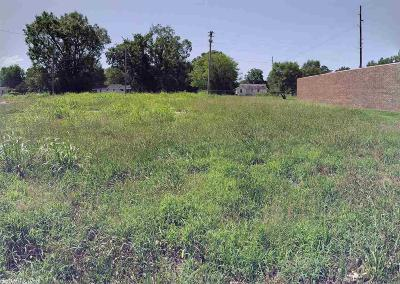 Hempstead County, Howard County, Sevier County, Miller County, Little River County, Pike County, Clark County, Nevada County Commercial For Sale: 1906 E 9th St Street